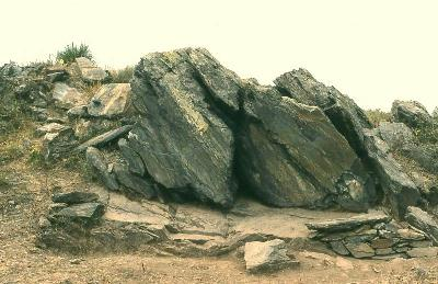 TRACES_Axe-1_Rocher-grave-de-Fornols_Pyrenees-Orientales_Magdalé