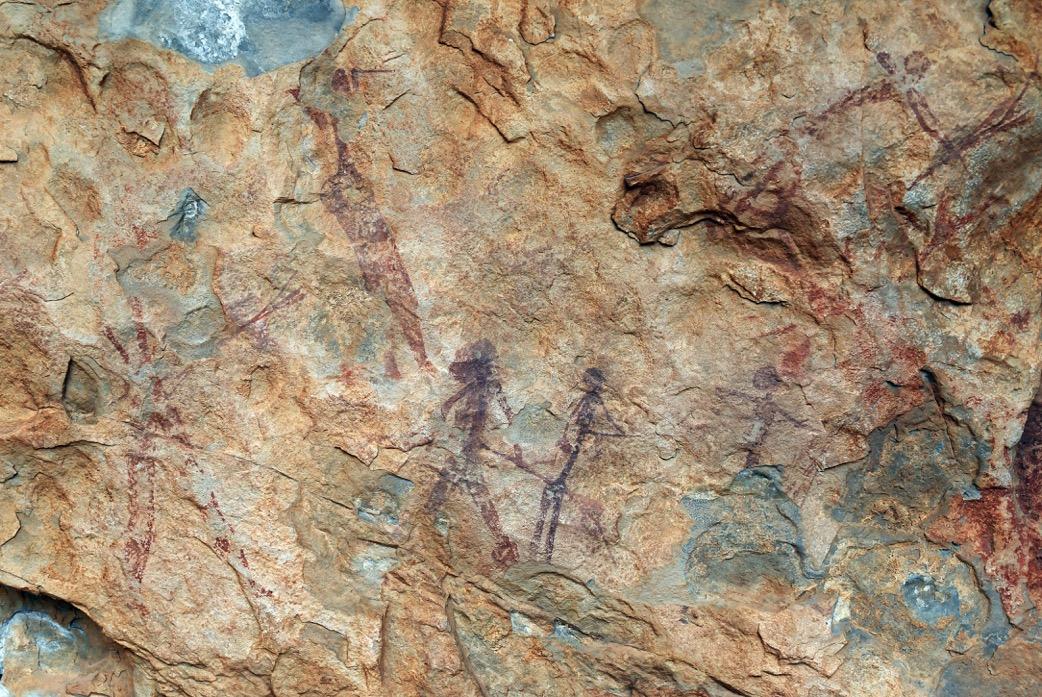 Peintures levantines de l'abri de Els Rossegadors (Pobla de Benifassà, Castellón, Espagne).
